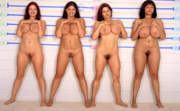 oboi-tetki-golie