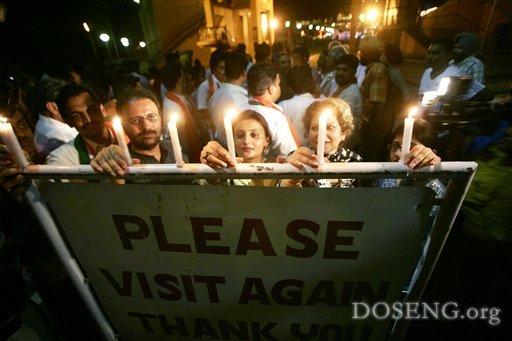 Индусы и пакистанцы зажгли огни мира