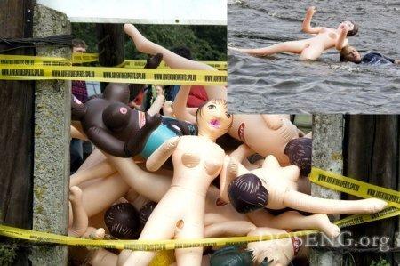 Cплав на надувных резиновых женщинах (24 фото)