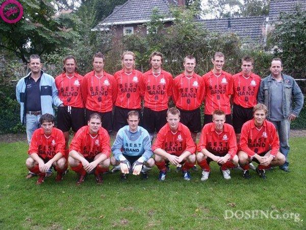 Футболисты (2 фото)