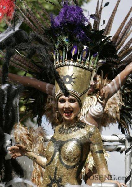Карнавал в Лондоне завершился кровавым побоищем