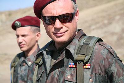 Полковник Жигунов осваивает Новую Землю
