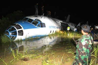 Экстремальная посадка Ан-12