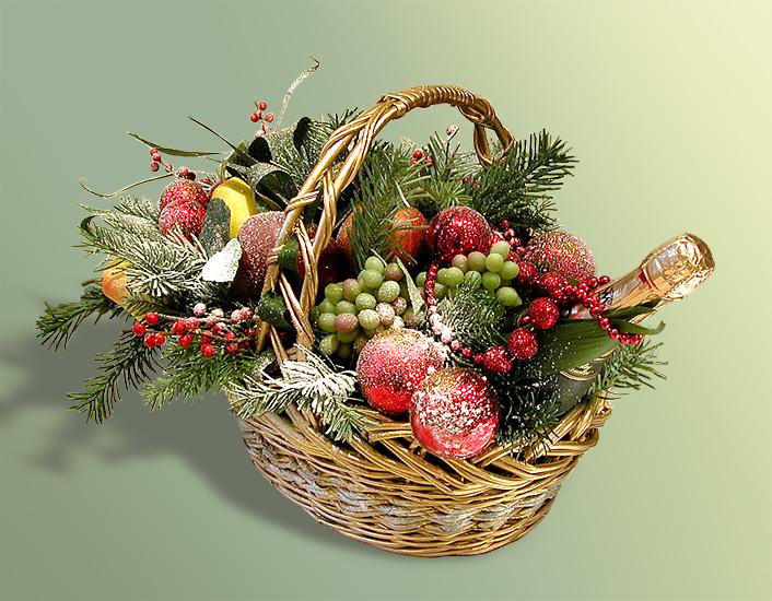 Новогодняя корзина с фруктами своими руками