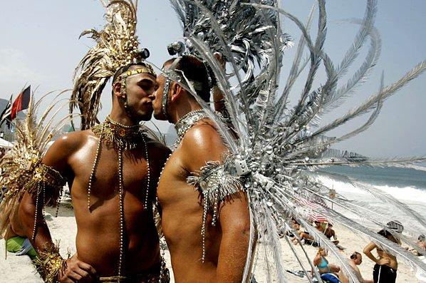 Гей - парад в Бразилии