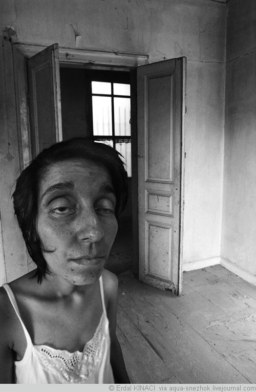 Страшных проституток фото снять проститутку транссексуала