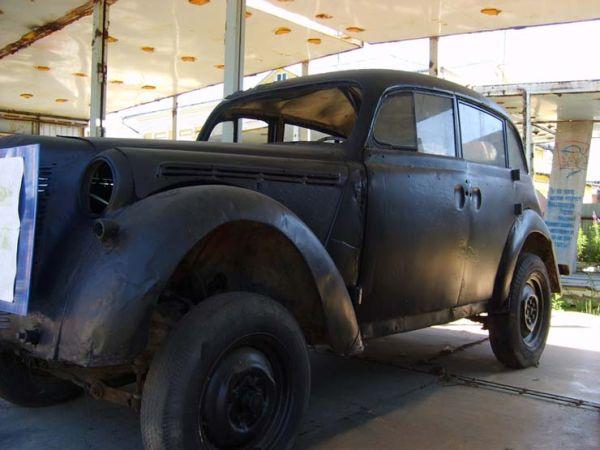 Первый русский автомобиль (4 фото)