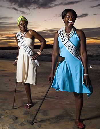 Мисс Противопехотная мина 2008 (2 фото)