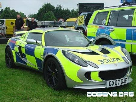 15 самых крутых полицейских автомобилей