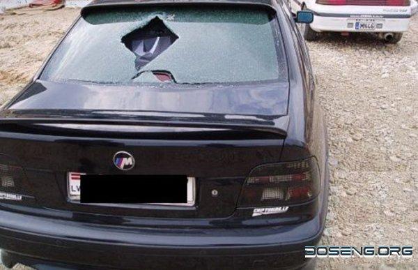 кусок железа чуть не убил водителя! (9 фото)