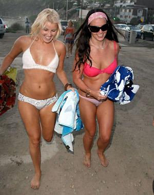 Бритни Спирс вновь поймали за лесбийским сексом