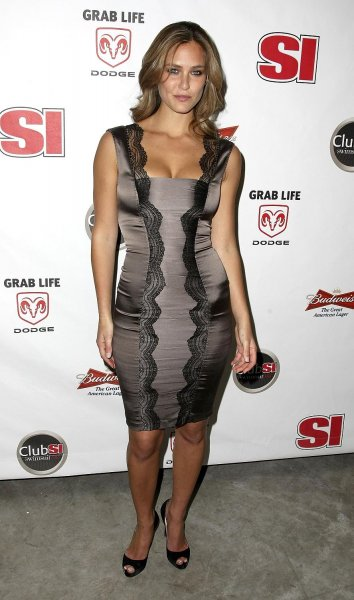 Bar Refaeli на Sports Illustrated 2008 Swimsuit Issue Launch Party (8 фото)