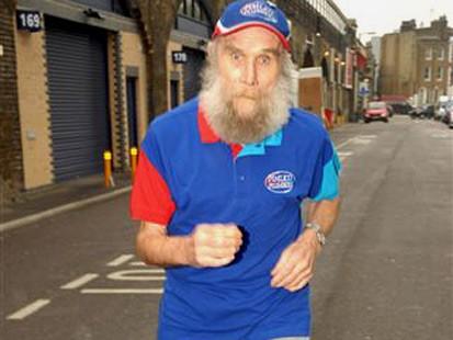 101-летний Бастер Мартин будет участвовать в марафоне