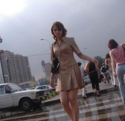 скрытое фото снято на улице красивых девушек