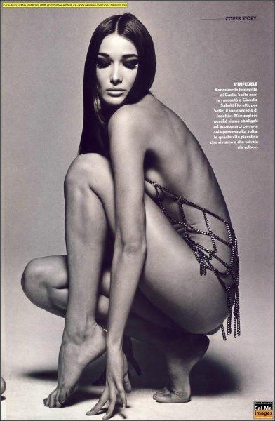 Карла Бруни разделась для журнала Max (5 фото)