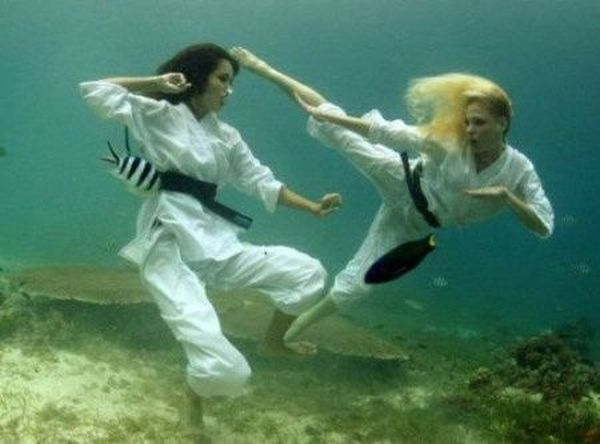 Спорт под водой (6 фото)