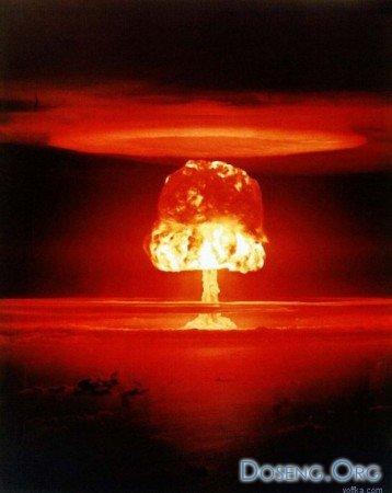 Как русские и американцы атомные бомбы сбрасывали