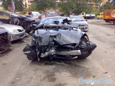 Nissan GT-R не выжил на дорогах Малайзии.