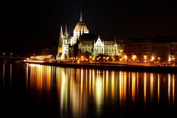 Ночные пейзажи городов - потрясающие фотографии! (17 фото)