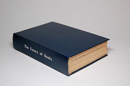 На первый взгляд, это простая книга...