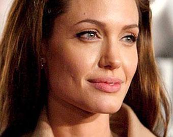 Анджелина Джоли наконец подтвердила, что ждет двойню