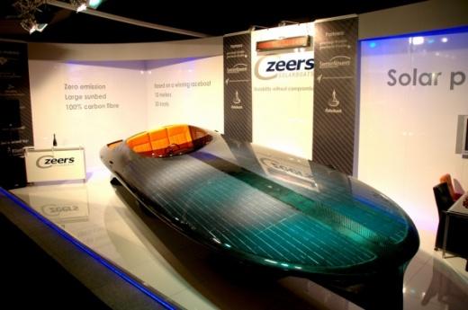Первый в мире катер на солнечной энергии