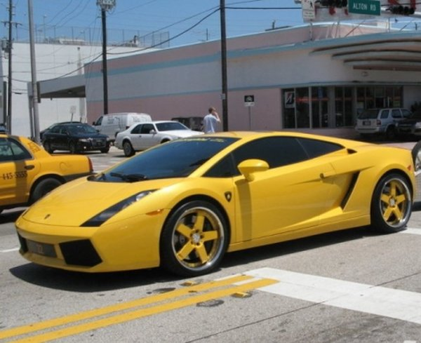 Lamborghini Gallardo для тех кто много есть (8 фото)