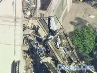 В центре Нью-Йорка на жилой дом упал кран: есть жертвы