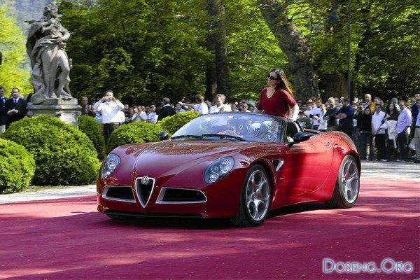Alfa Romeo 8C Spider представлена в Женеве