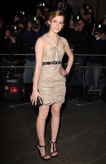 Эмма Уотсон будет лицом Chanel