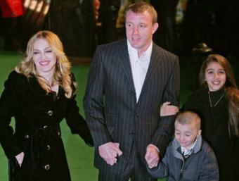 Мадонна разводится с Гаем Ричи