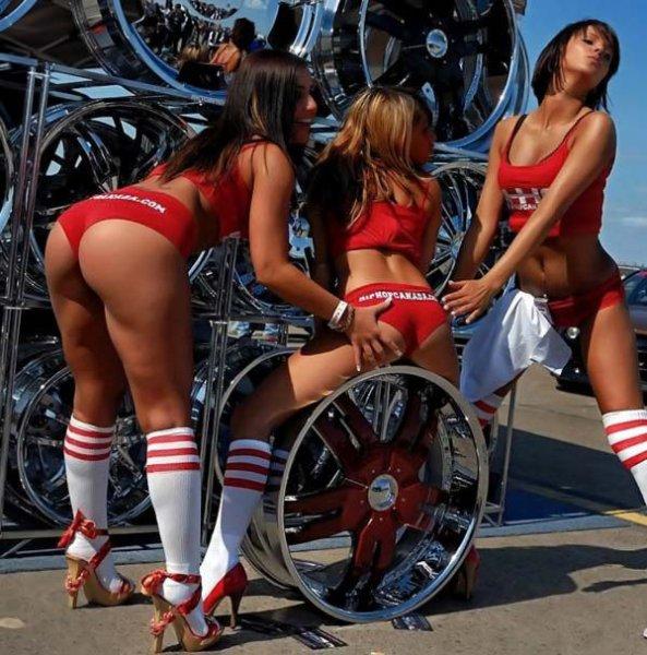 Девчонки с автошоу фото 20-485