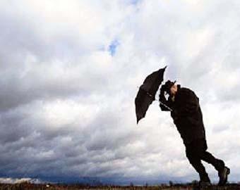Ливни c грозами и порывистый ветер ждут москвичей в выходные