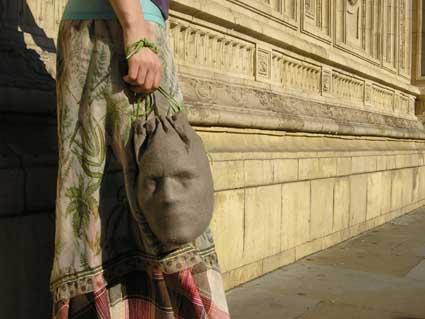 Голова в сумке