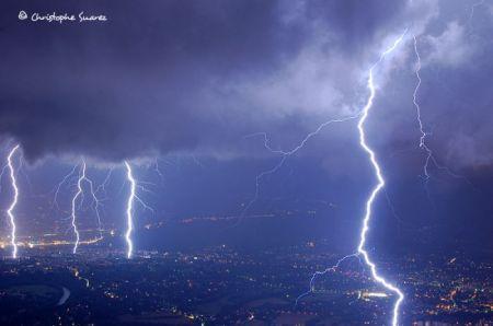 Фотографии молнии фотографа Christophe Suarez
