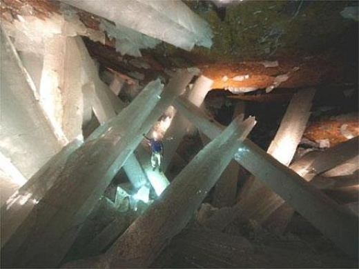 Сказочная пещера в мексиканской пустыне