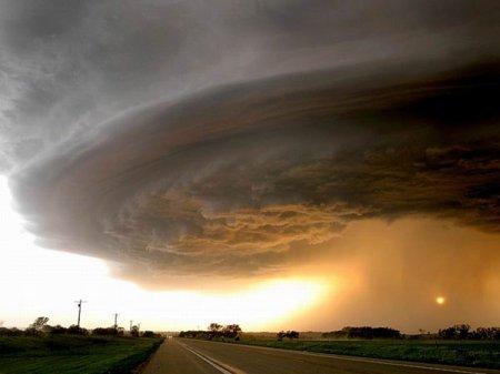 Ужасно красиво: торнадо