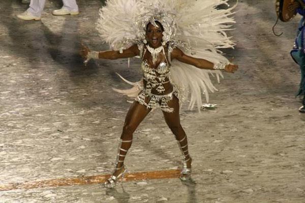 В Рио-де-Жанейро карнавал (21 фото)