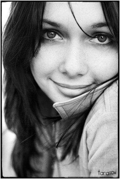 Гламурные картинки для девушек черно белые