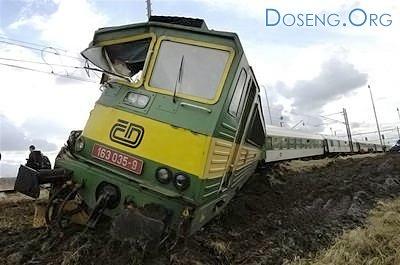 В Чехии сошел с рельсов поезд