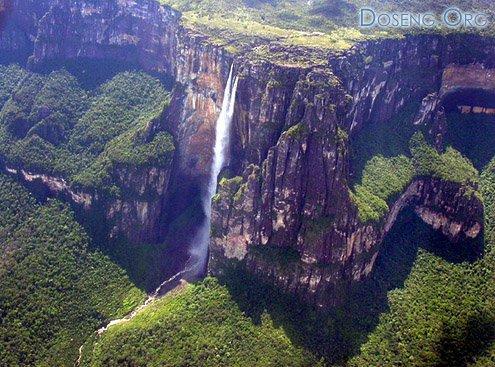 Самый высокий в мире водопад. 9 фото