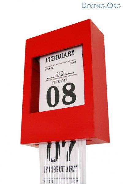 Хроношредер = календарь + уничтожитель бумаги