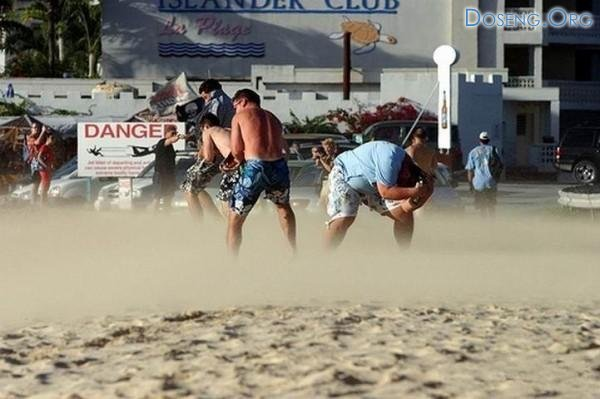 Самый экстримальный пляж в мире