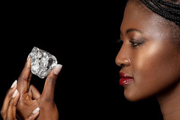 В Лесото найден огромный алмаз весом в 478 карат