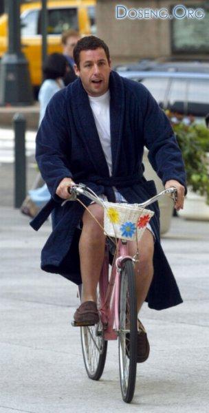 Фотографии знаменитостей на велосипедах