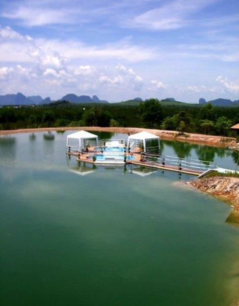 Плавающие бассейны (51 фото)
