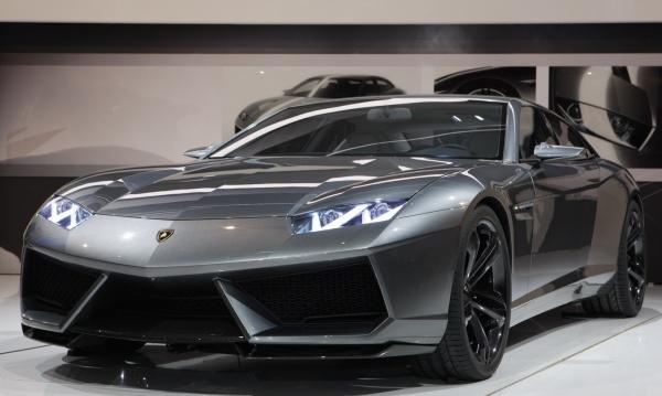Lamborghini Estoque Concept на Автосалоне в Париже