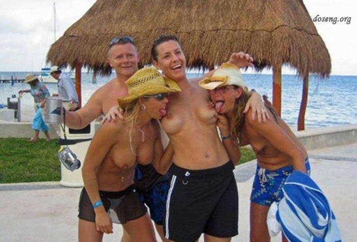 пьяные телки загорают топлесс болгария фото