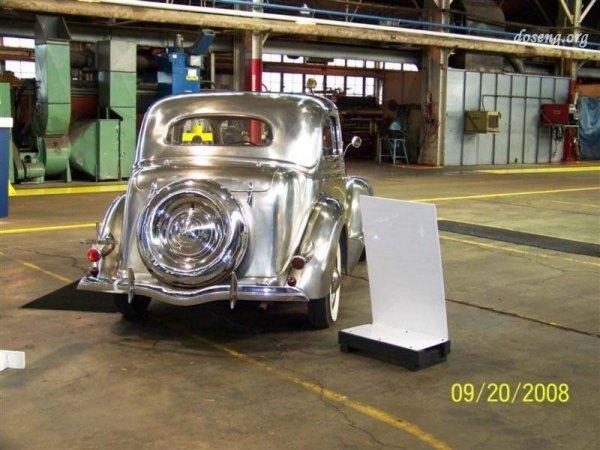 Ford из нержавейки 1936 года выпуска (4 фото)