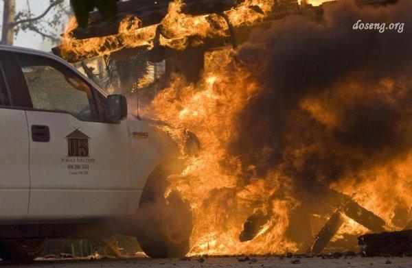 Калифорния вновь утонула в огне (35 фото)